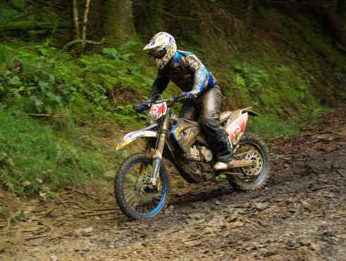 Racing with Factory Husaburg rider Tom Sagar 2009